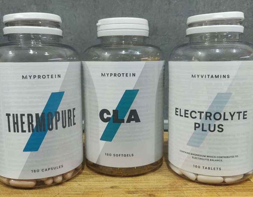 boites de compléments alimentaires myprotein : thermopure, cla, electrolytes